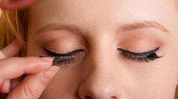 how false eyelashes can put your eyes at risk