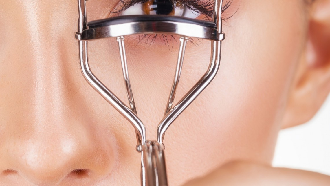 Choose the Best Eyelash Curler