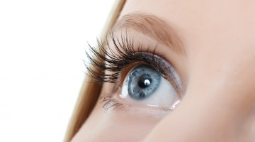 careprost eyelashes